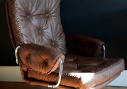Nivaldo armchair