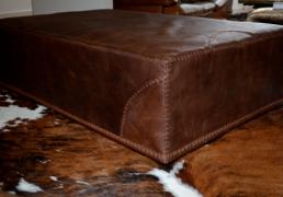 Nivaldo's Ottoman Chair